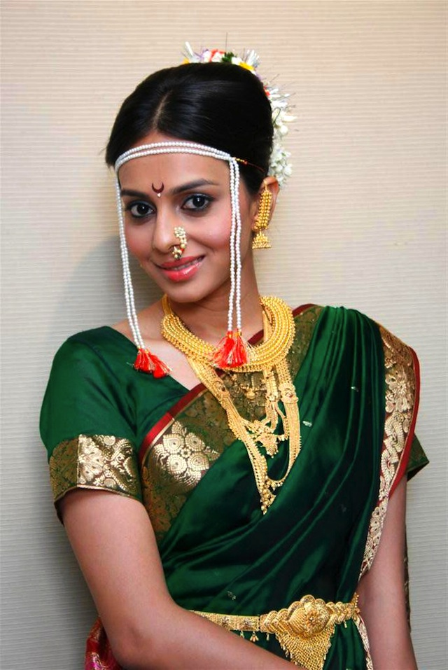 Marathi Bridal Makeup And Hairstyle : The maharashtrian wedding theme rituals and functions