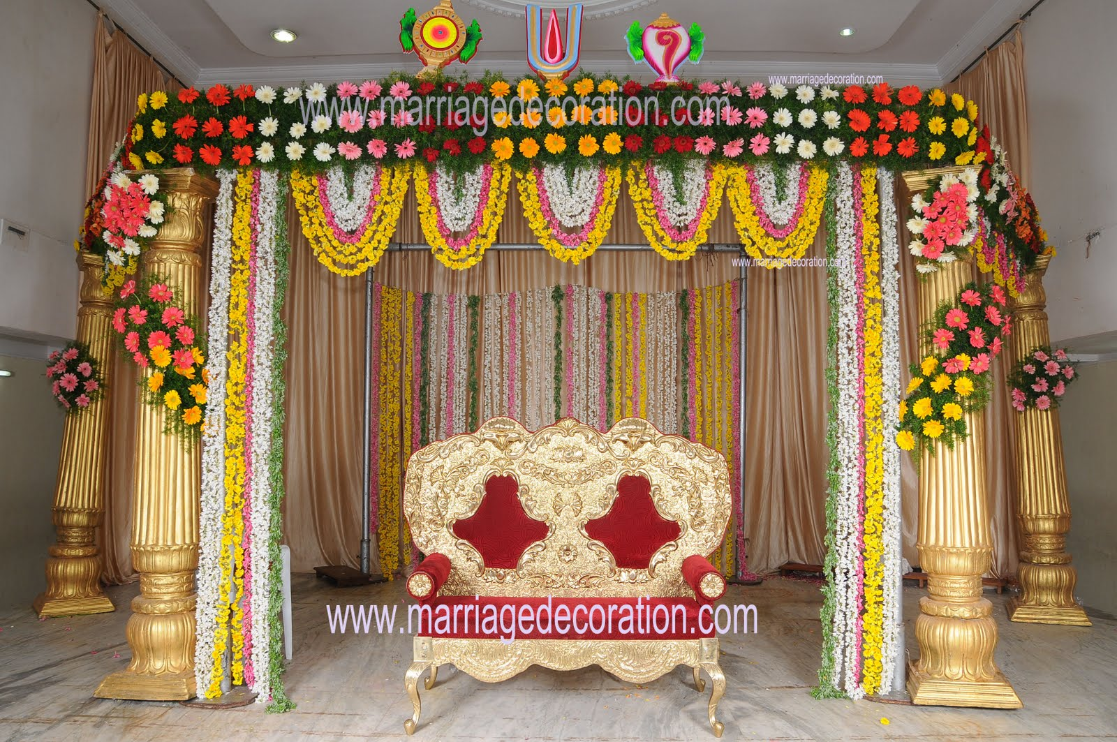 Indian wedding flower stage decoration for Decoration with flowers