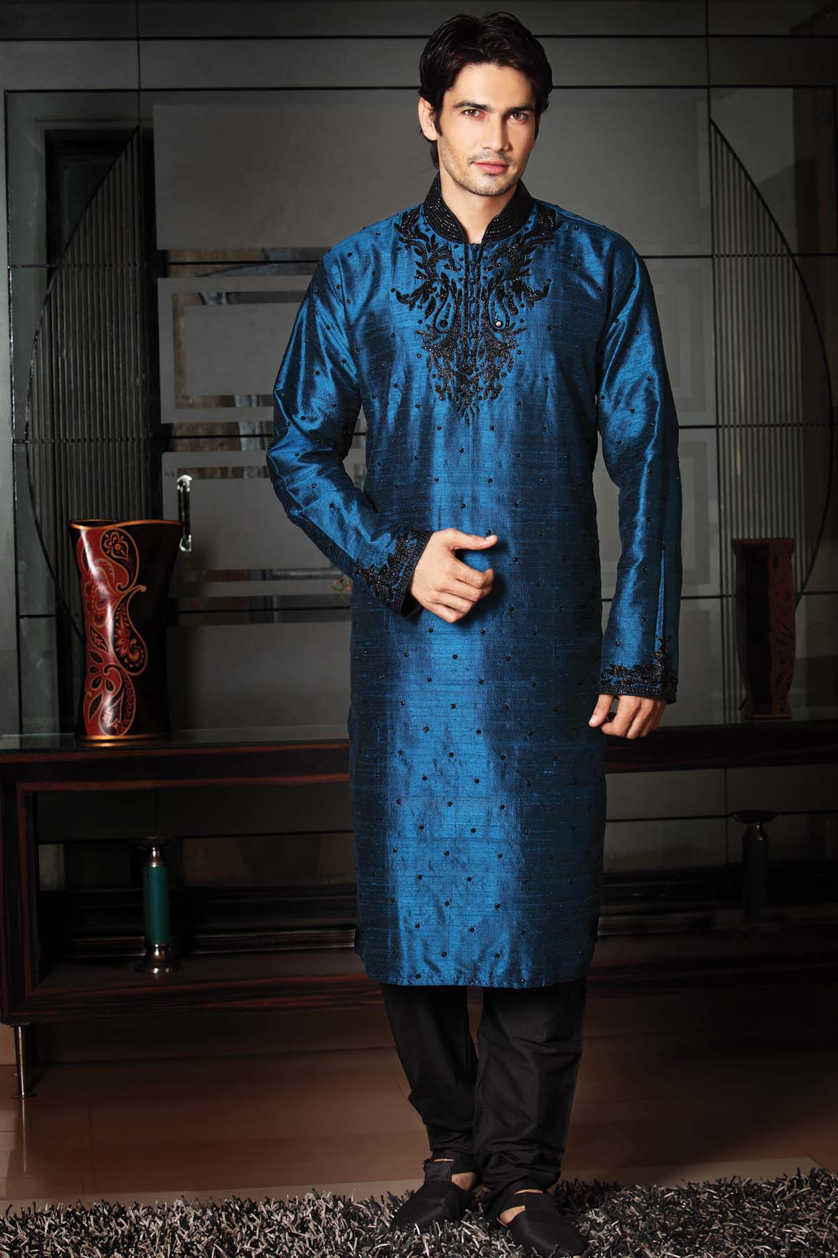 Ideas And Tips For Indian Mens Wedding Attire