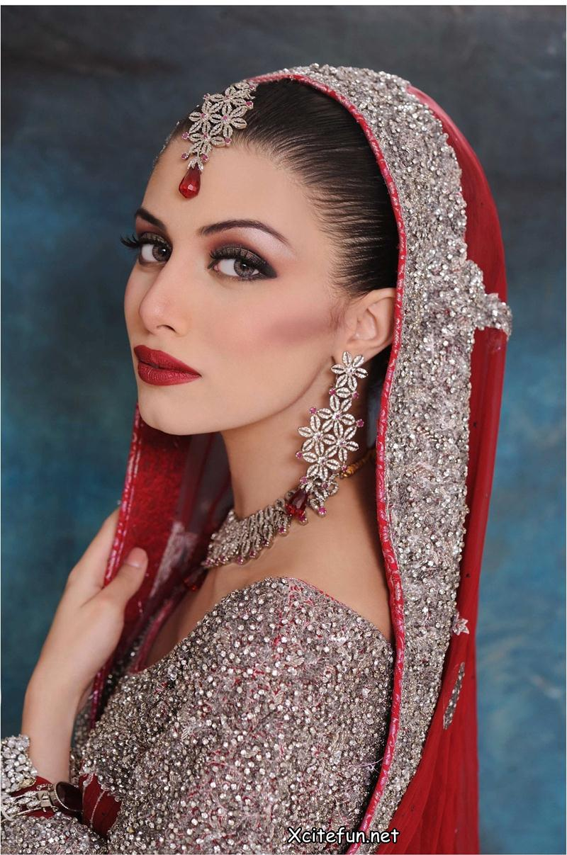 Bridal Lipstick Wedding Makeup: Indian Bridal Makeup: Expert Recommended Dos And Don'ts