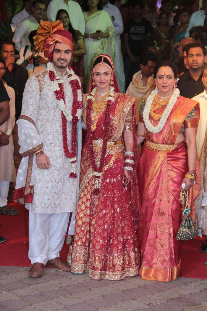 Celebrity Wedding Dresses In India 75