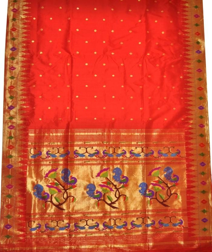 Red-peacock motif