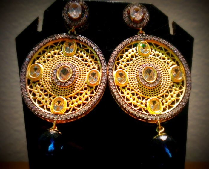 gold plated alloy and filligree work INR 4000