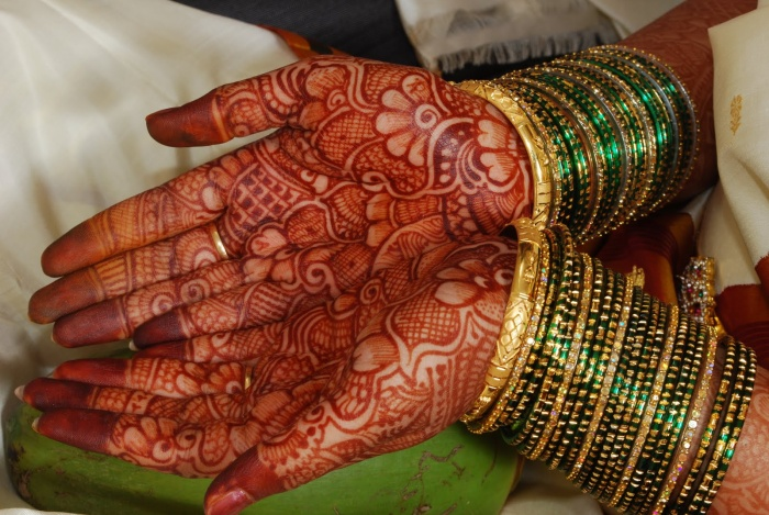 how to get rid of henna on your hands