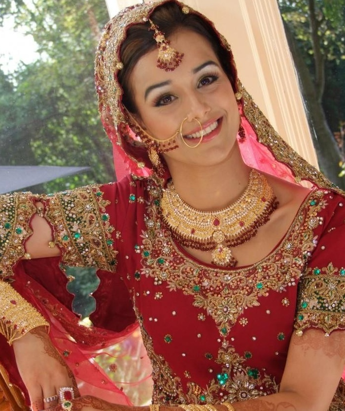 Editor\'s Pick: Bridal Nose Ring Designs We Love - India\'s Wedding ...