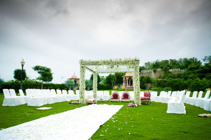 Indian-Wedding-set-up-in-Udaipur1