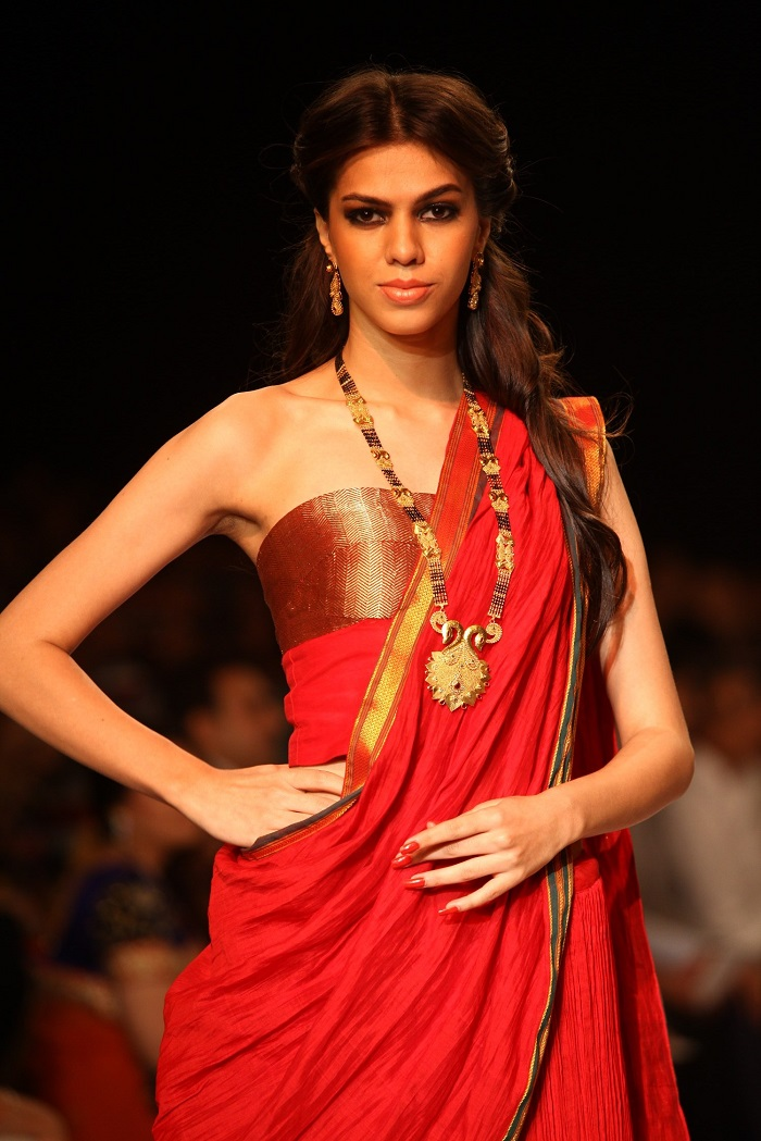 IIJW 2013 Shringar House of Mangalsutra 1 e1375999727680 - Western Wedding Attire For Mother Of The Groom