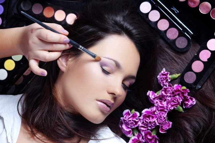 Tips on Choosing the Right Wedding Makeup Artist - India\'s Wedding ...