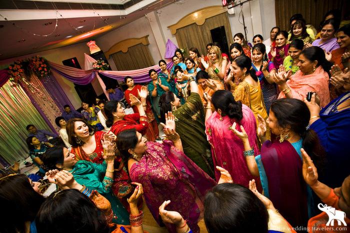 6 Colourful Pre Wedding Rituals Of Punjabis