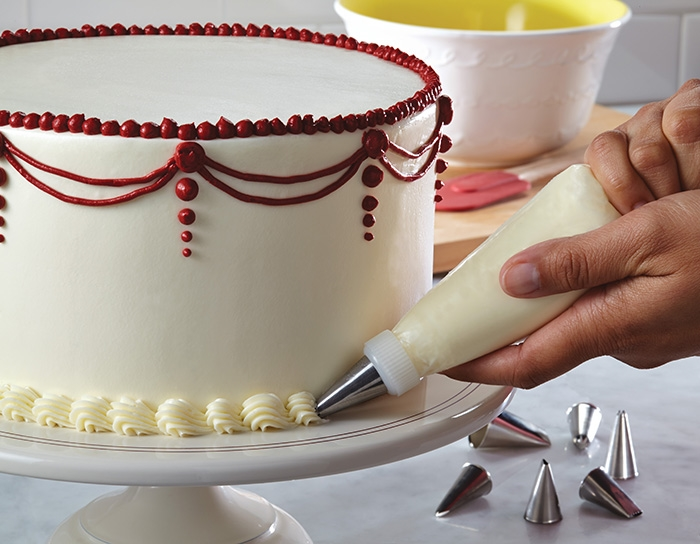 Easy Cake Icing Patterns: Be Your Own Wedding Planner- DIY Wedding Cakes