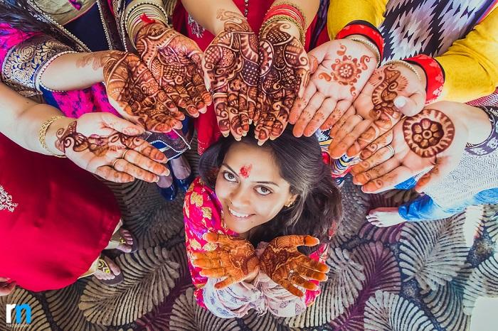 Bridal Mehndi Photo Shoot : Beautiful wedding in shimla exploring indian trends