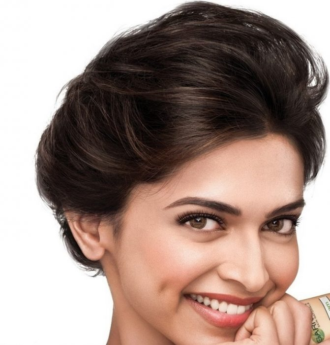 5 Pulled back Wedding Hairstyles Inspired by Bollywood ...