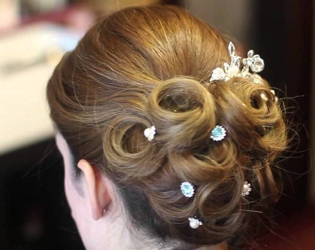 Pulled Back Hair Styles: 5 Pulled Back Wedding Hairstyles