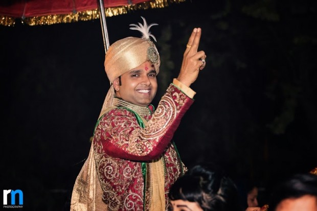 wedding sherwani red and gold