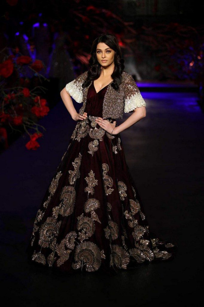 Best Looks from AICW 2015 – India s Wedding Blog 366c057a6