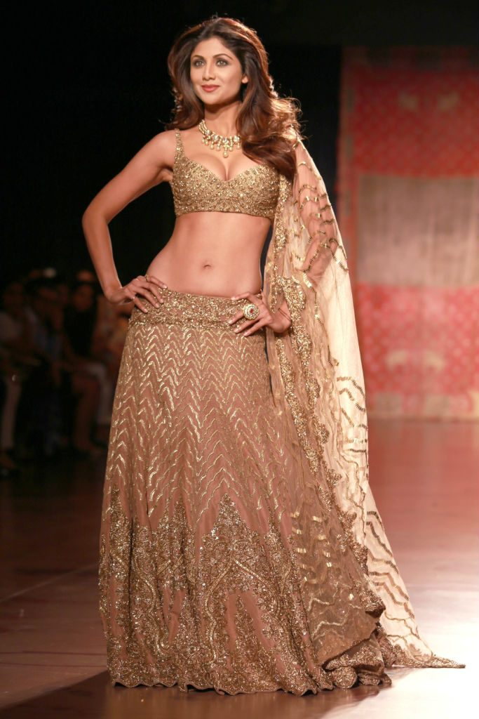 best looks from aicw 2015 exploring indian wedding trends