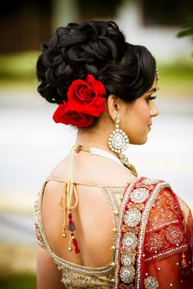 Indian wedding hairstyles with flowers