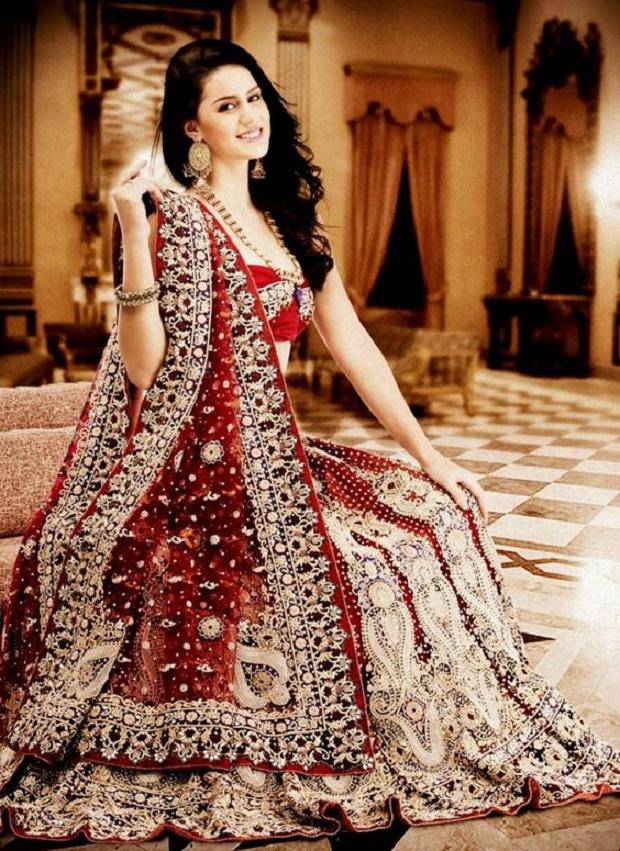 12 Breathtaking Indian Wedding Lehengas
