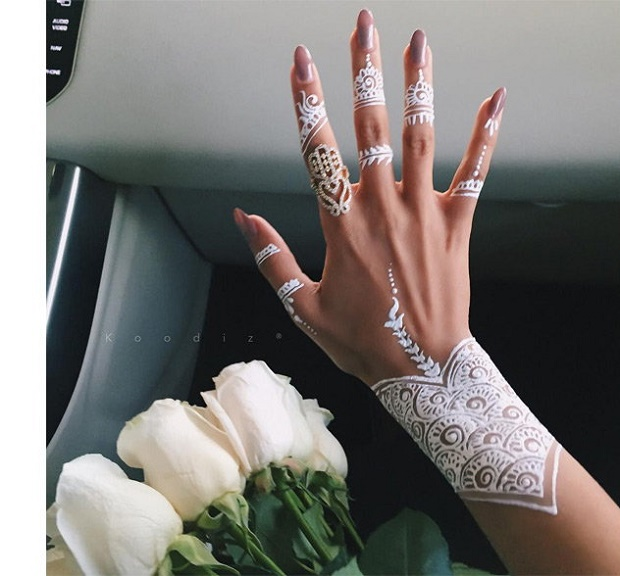 White Wedding Dress With Henna: 10 Amazing Mehendi Trends To Watch Out For In 2016