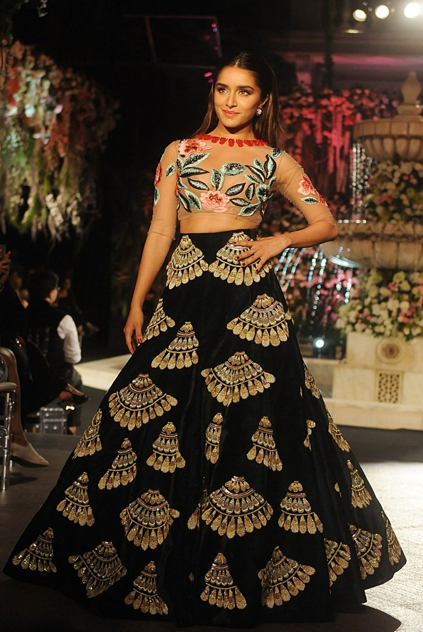 Manish Malhotra Designs We Loved From Lakme Fashion Week