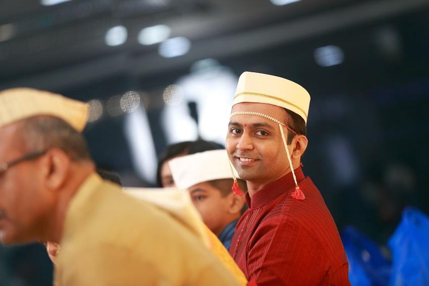 Maharashtrian groom-Maharashtrian bridal makeup-classic Marathi real wedding