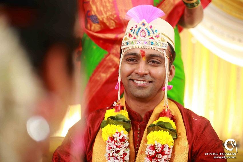 Maharashtrian groom-classic Marathi real wedding