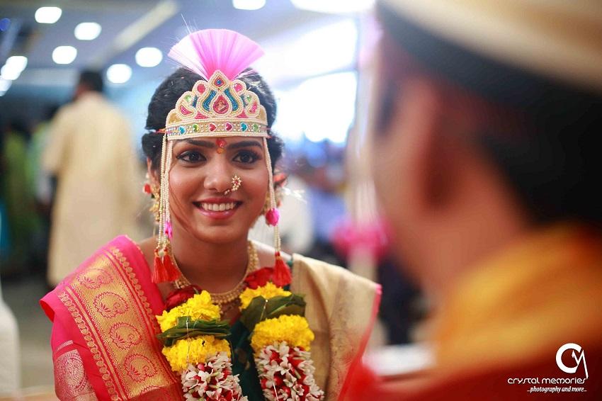 sweet Marathi bride-classic Marathi real wedding