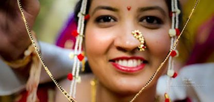 mangalsutra Simple Puneri wedding by Kaustubh's Photography
