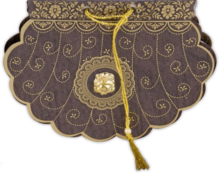 unique fan shaped-lovely-cardscom