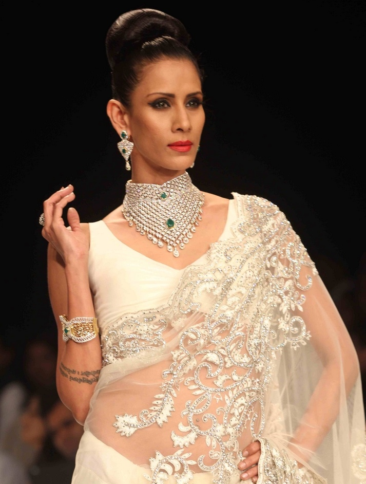igi-show-at-iijw-2012-stills02