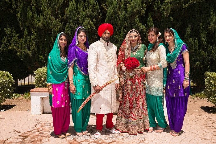 Real Weddings Aman Harmits Colourful Sikh Wedding In San Jose By Documentary Photo Cinema