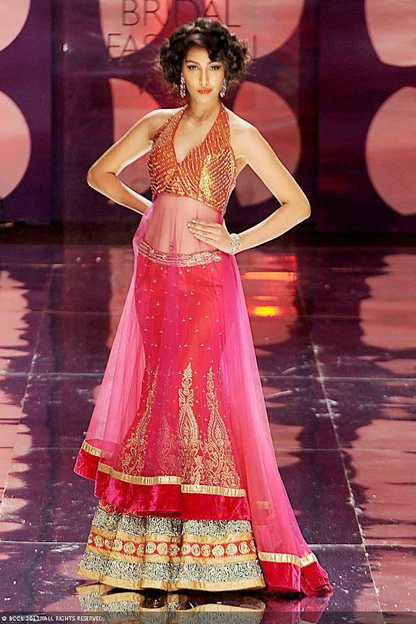 Miss-India-2013-Navneet-Kaur-Dhillon-walks-the-ramp-for-designer-Jyotsna-Tiwari-on-Day-2-of-the-India-Bridal-Fashion-Week-IBFW-2013-at-The-Grand-Vasant-Kunj-in-New-Delhi-