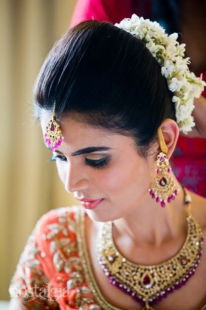 indian hair styling real indian wedding when a wedding photographer ties the 4885 | 47448 753392701352067 1156909344 n1