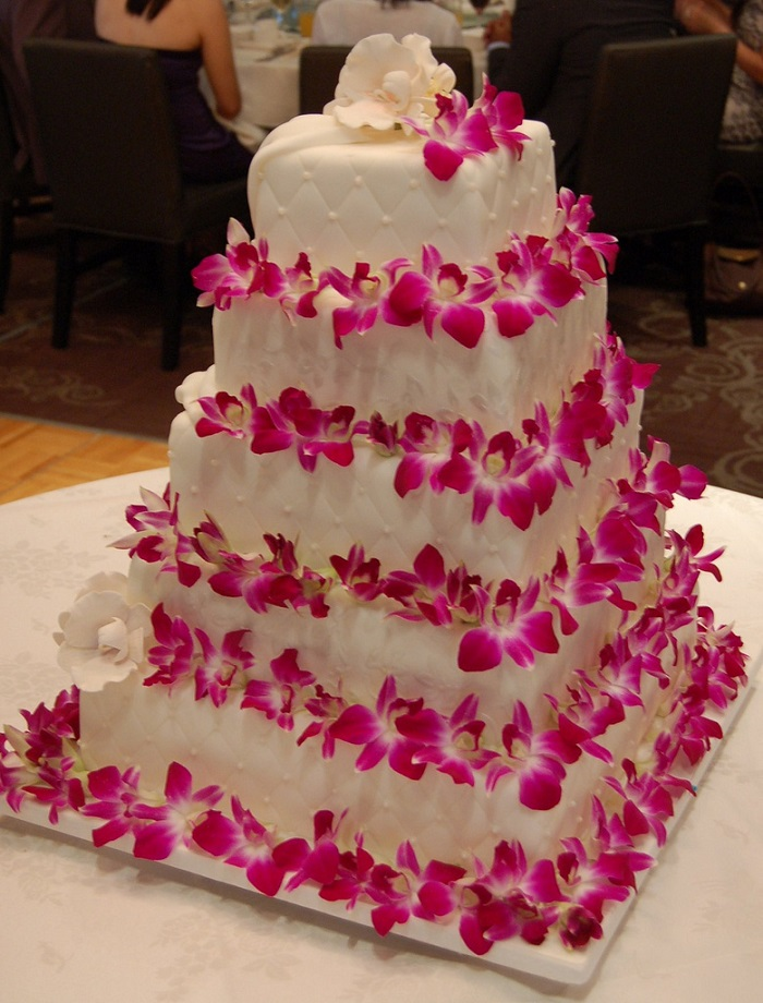 Wedding cake with pretty pink flowers