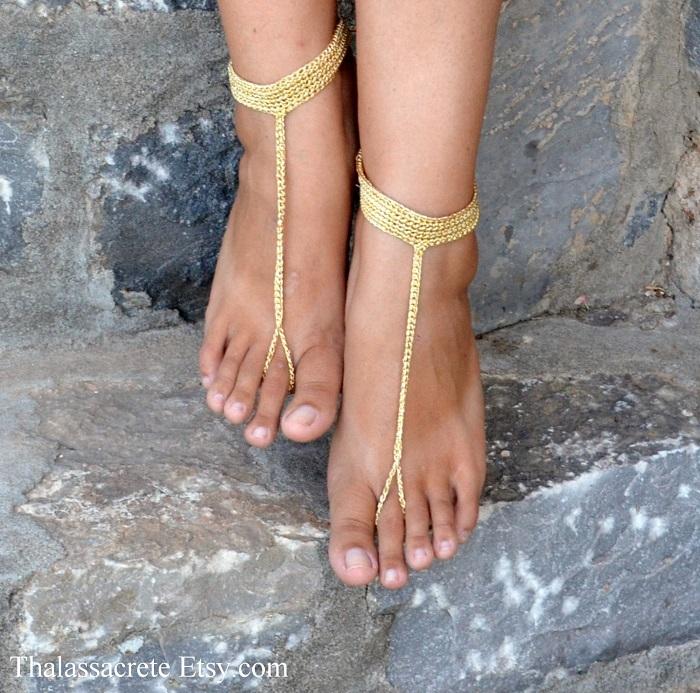 Stylish anklets