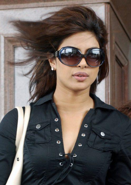 Priyanka's Choice-Glam Goggles