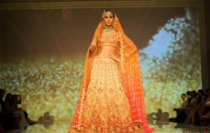 Tarun Tahiliani ombre wedding lehenga