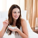 not eating well on the day of the wedding-bridal mistakes to avoid