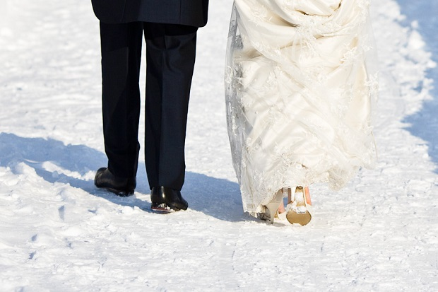 how can guests stay warm at Indian winter weddings