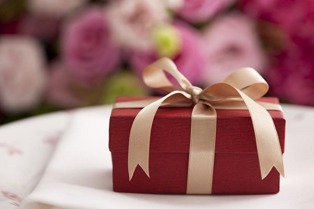 Wedding Gift India Online: 8 Gift Ideas For Indian Weddings