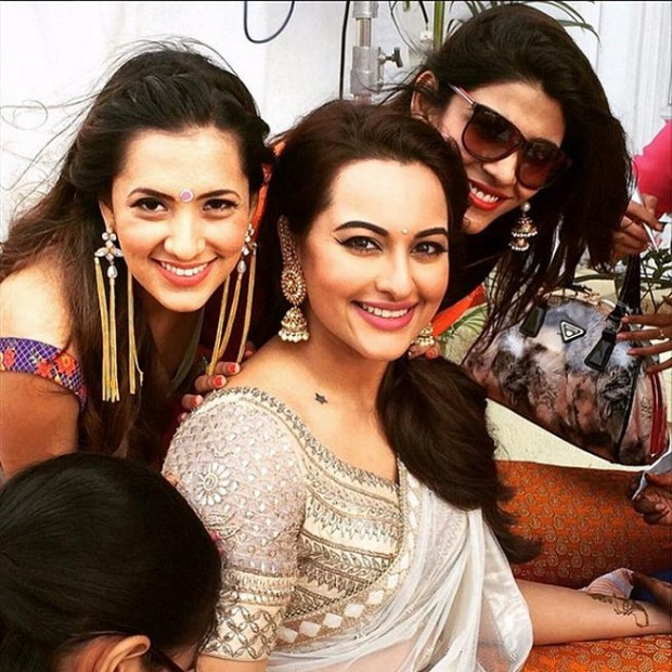 Sonakshi Sinha's brother's wedding mehendi photos