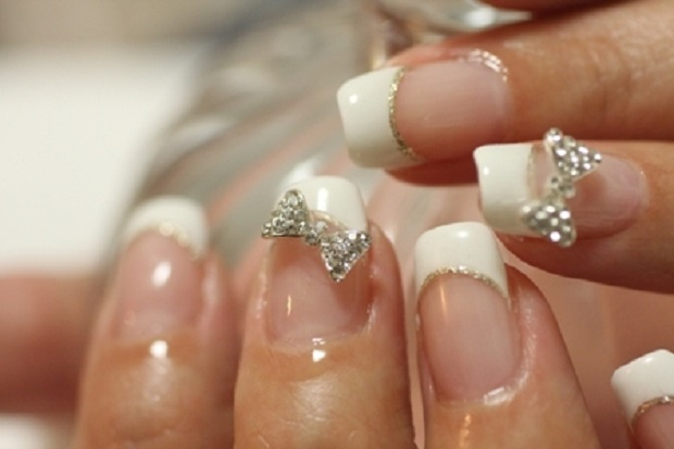 bow nail art for Indian bride