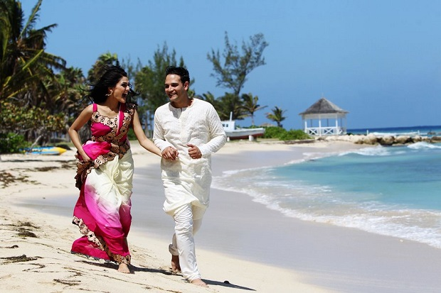 fabulous beach wedding tips for Indian couples