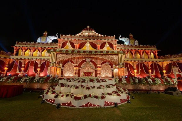 Fort palace hotel for real royal wedding in Jodhpur