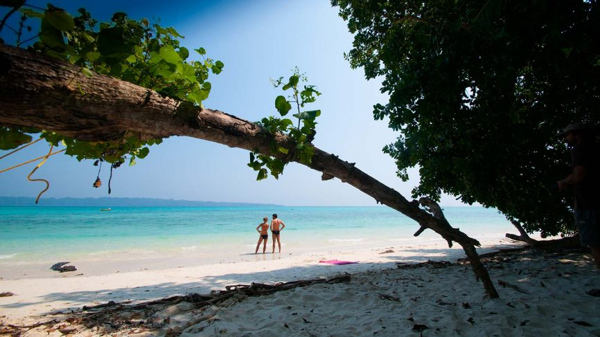 cheap and affordable honeymoon spots outside india