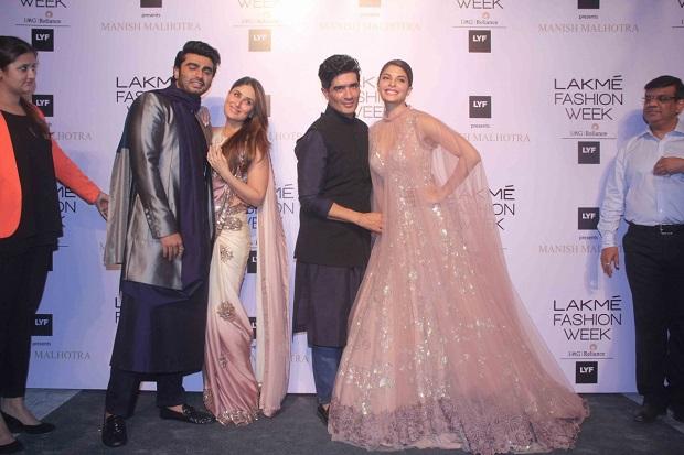 lakme-fashion-week-2016-arjun-kapoor-kareena-kapoor-khan-manish-malhotra-jacqueline-fernandez