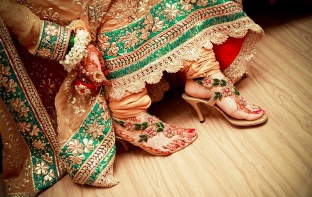 beautiful indian wedding shoes for brides