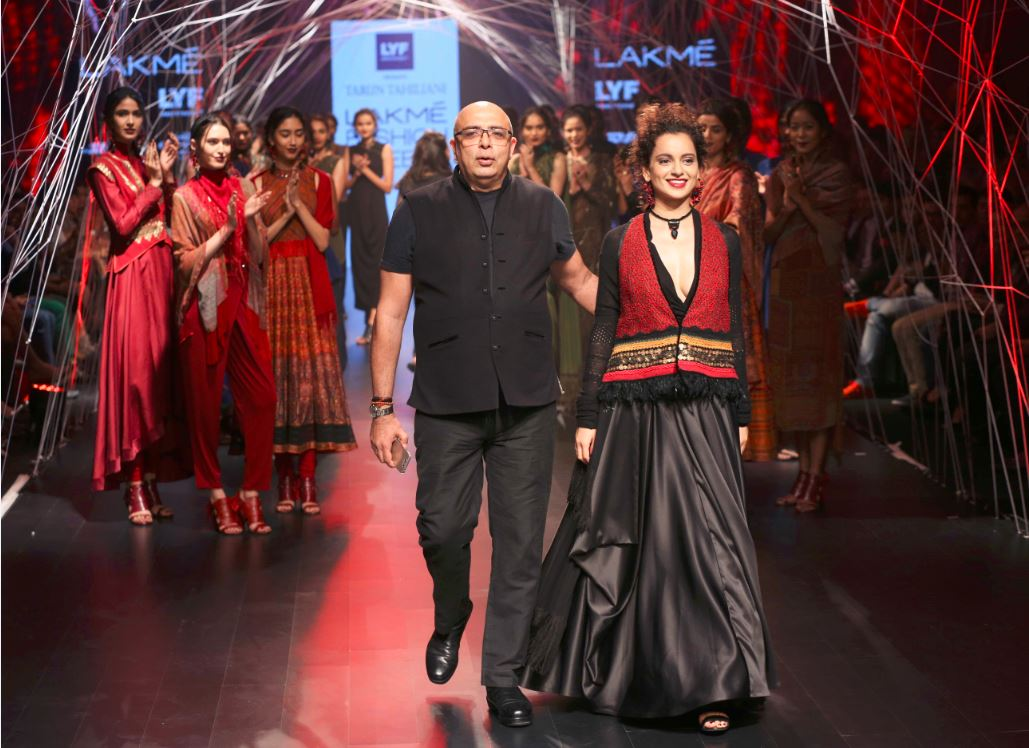 Kangana Ranuat turns showstopper for Tarun Tahiliani at the Lakme Fashion Week 2016 winter-festive