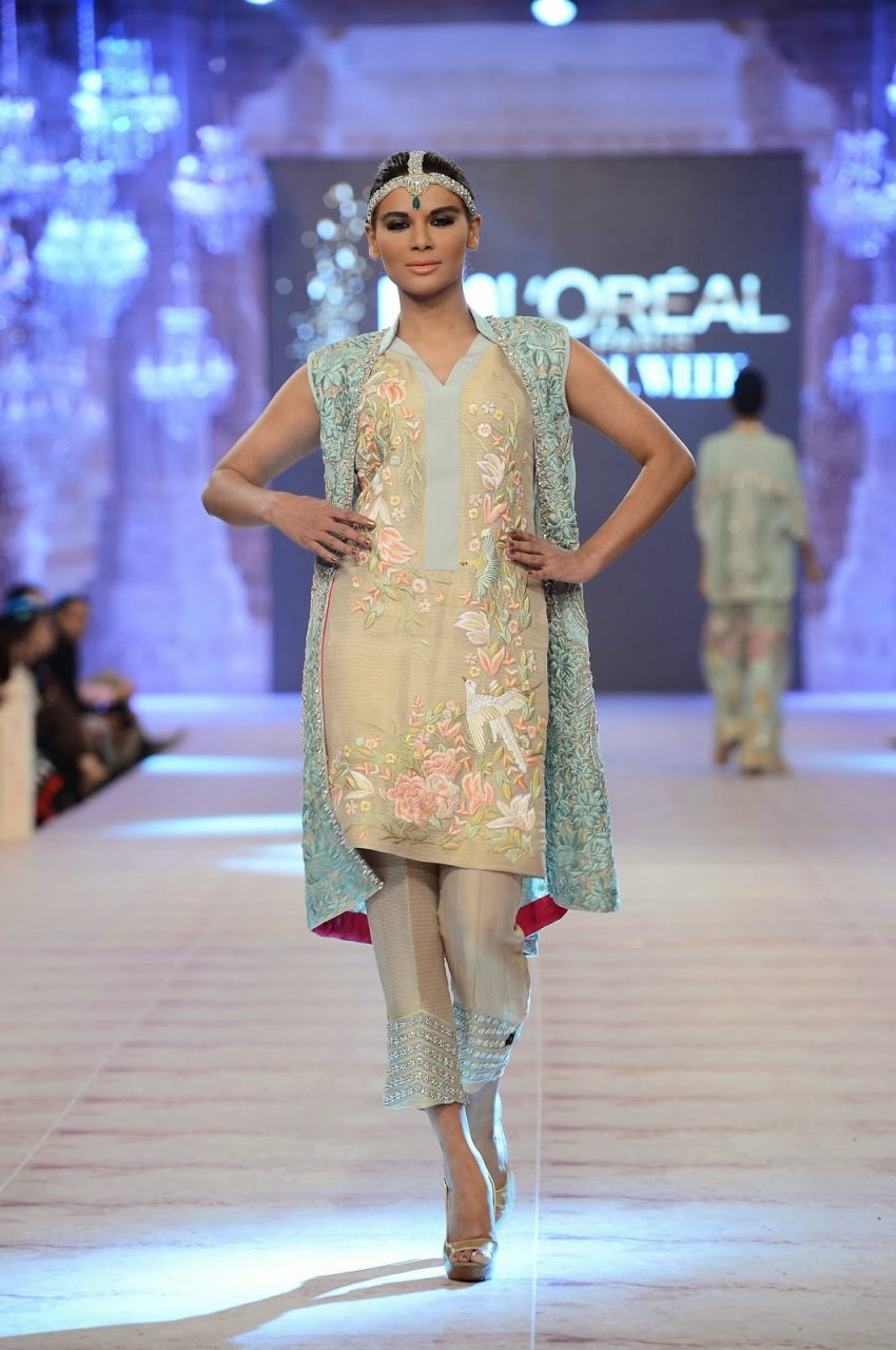 different styles of bridal fashion bottom wear for Indian bridal kurtis
