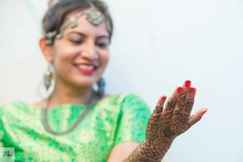 bridal mehendi-real wedding in  India-best wedding photographers in Chennai 84mm Studio